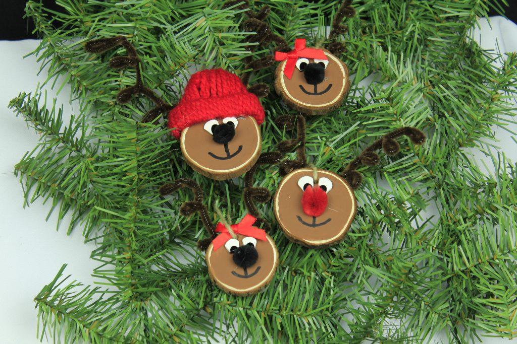 Reindeer Wood chip Family
